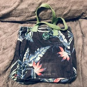 Roxy Bags - Super Cute 🌺🌸 Roxy Floral Print Canvas Beach Bag